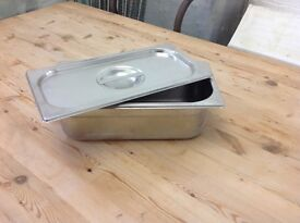 Stainless steel Gastranome 1/4 x 65mm with lids.