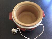 Vintage Cordon Bleu slow cooker, mint condition.