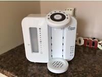 Tommee Tippee perfect prep machine, electric steriliser and insulating bottle bags