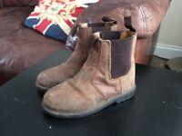 Kids leather unisex horse riding boots size c9