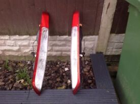 Here I have a pair of ford focus 2009 rear lights
