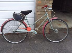 Ladies 'sit up and beg' bike. Old but reliable!