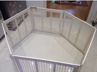 Playpen or baby cage