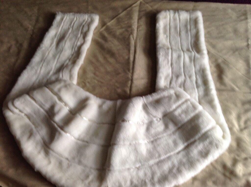 Ladies Fake Fur Stole John Lewis - Brand New White.