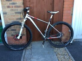 Boardman Pro 29er Mtb, hardtail, Rockshox, Medium, big spec, upgrades.