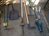 Set of 7 garden tools, vgc