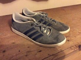 Adidas Trainers Size 9 Boys Men's Running Skater Shoes