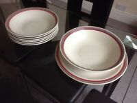 6 soup/pasta or rice bowls with matching dish and plate excellent condition £4 buyer collects