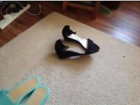 M&S sandels black size 7