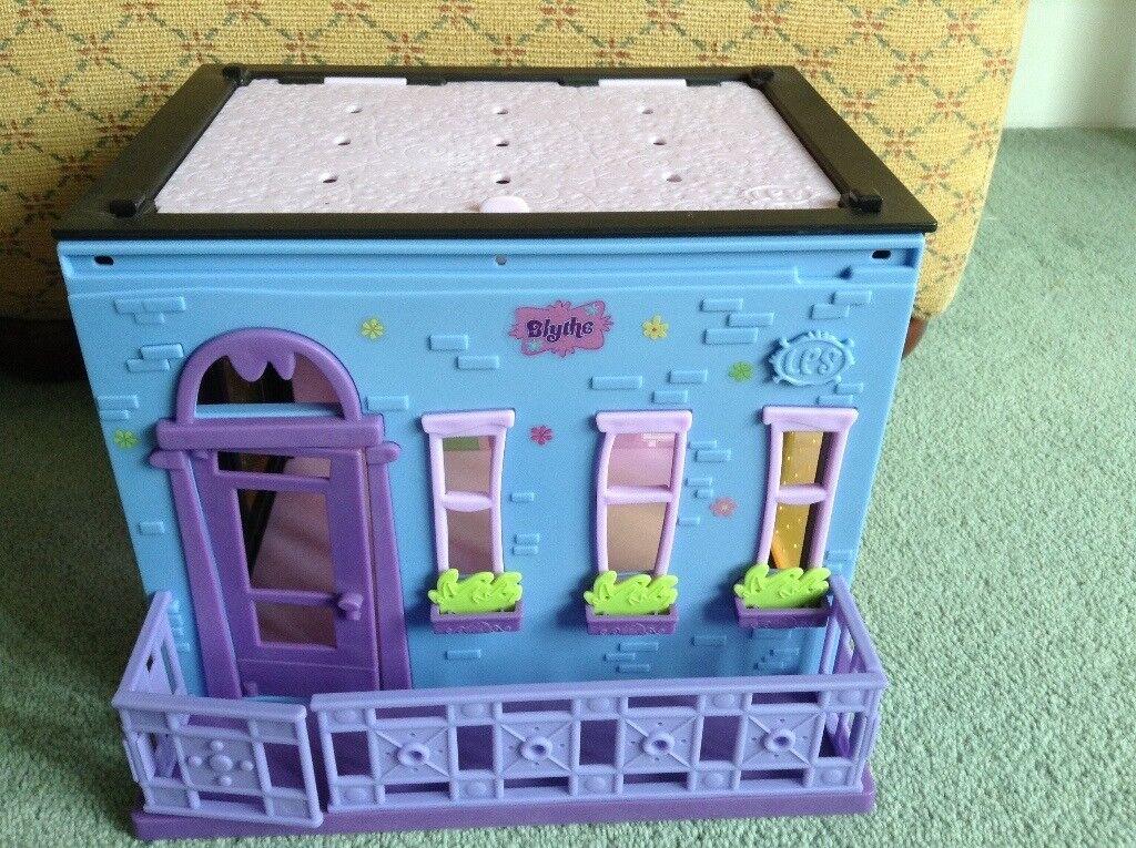 Littlest Pet Shop, Blythe's Bedroom