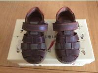 Brown/tan sandals- Size 5.5F (22F)