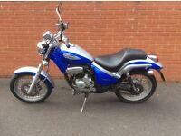 Gilera Coguar Motorcycle 124cc silver/blue 2003. Mileage 07663