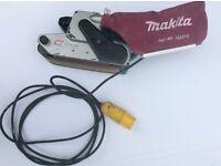 """Makita 9404. 4 """" belt sander 110 volt. Good working order"""