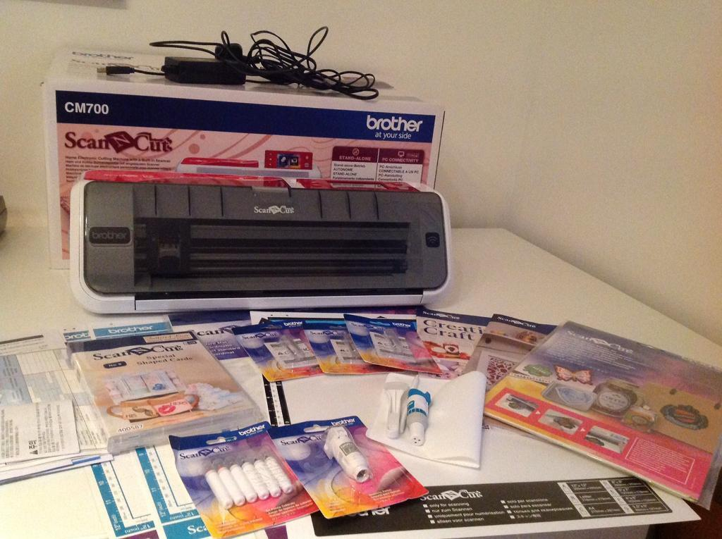 Brother Scan n Cut CM700 with loads of extras