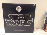 Star Wars 1977, 2 LPs in original sleeve, with insert and poster. Original soundtrack