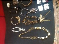 Job lot of 100 items of jewellery, new, bargain