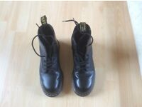 Dr Martens Safety Work Boots size 9