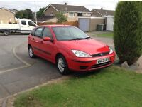 02 Ford Focus 1,6 red long mot n tax low insurance £495