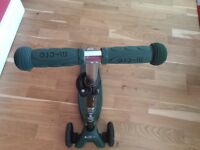 Army green maxi micro scooter