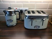 Russell Hobbs - Retro Kettle and Toaster - Cream