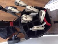 Titliest golf bag, trolley and clubs