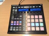 Native Instruments Maschine MK2 - Black (boxed ) with Machine 2 software