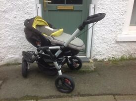 Jane Slalom Pro 3-in-1 Travel System: pushchair with Baby Carrier & Car Seat, 0-3 yrs.