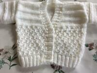 HAND KNITTED BABY CARDIGAN. WHITE. NEW.