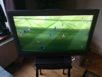 "SONY ""32""inch Flat Screen TV with Stand & Remote"