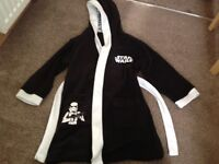 Star Wars dressing gown, age 6-7