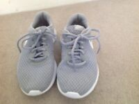 a997dff22c850 Nike Grey Kids Running Trainers Size 4 36.5