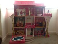 Dolls house Barbies & Barbie Car