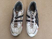 Junior Cricket shoes