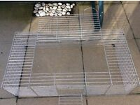 Excellent conditioned pet play cage