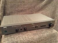 NAD amplifier (310 integrated)