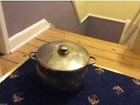 large stock pot (Stella)