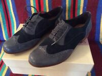 Clarke's Brogued Ladies Shoes Blue size 7