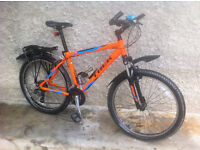 TREK 3500 MOUTAIN BIKE (2016/2017 Edition) & ACCESSORIES - Bicycle in Excellent Condition - £300.00