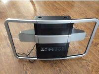 New Transducers Radio / CD Player