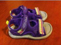 Clarks Doodles Sandals Size 6 F