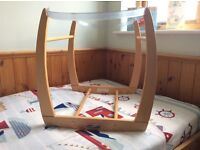 Mama and papas Moses basket stand