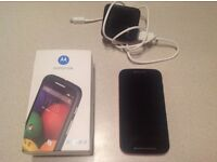 MOTOROLA MOTO E 4GB 3G/MODEL XT1021 EXCELLENT CONDITION WITH CHARGER