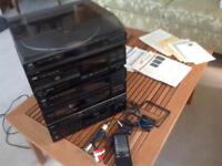 JVC E300 System. Cassette deck receiver, compact disc player, turntable