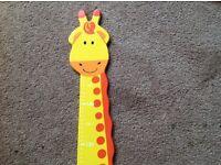 Free childrens height chart Giraffee