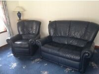 Beautiful navy recliner suite
