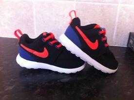 Nike kids trainers size 7.5 NEW!!