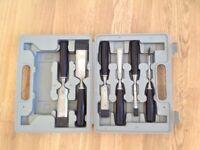 Set of chisels
