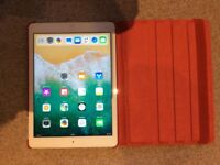 iPad Air 16gB perfect condition with new cover