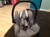 Hauck baby car seat good condition