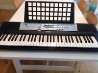 Yamaha YPT 200 electronic keyboard
